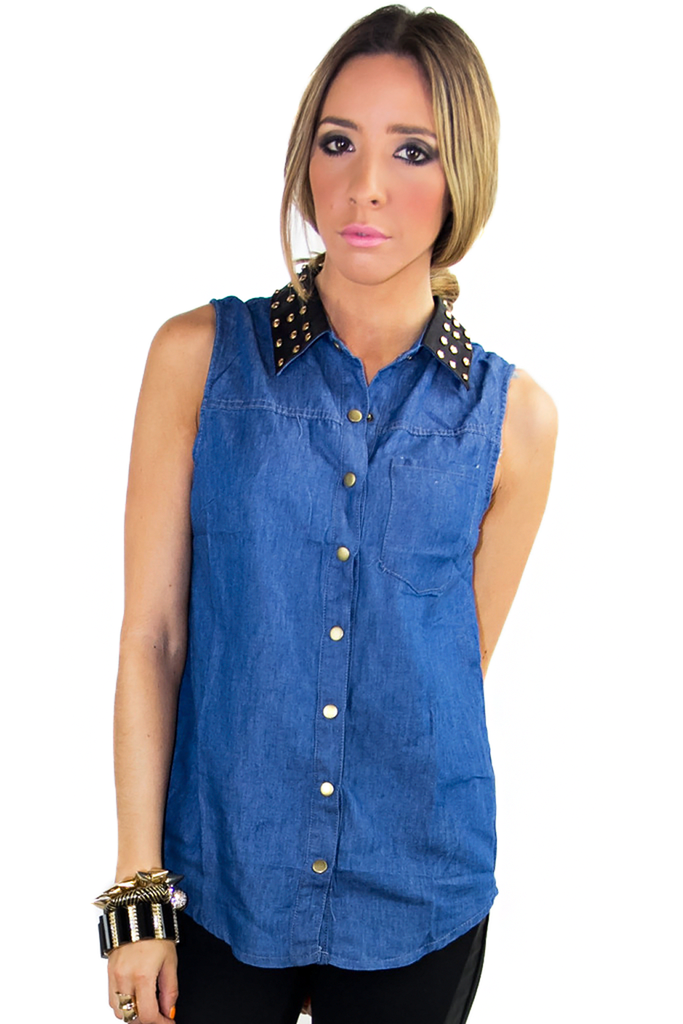 Tips of using denim blouse