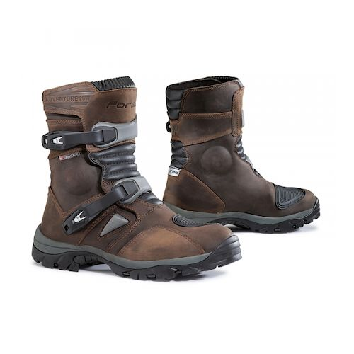 ... forma adventure low boots - brown ... hobvrqc