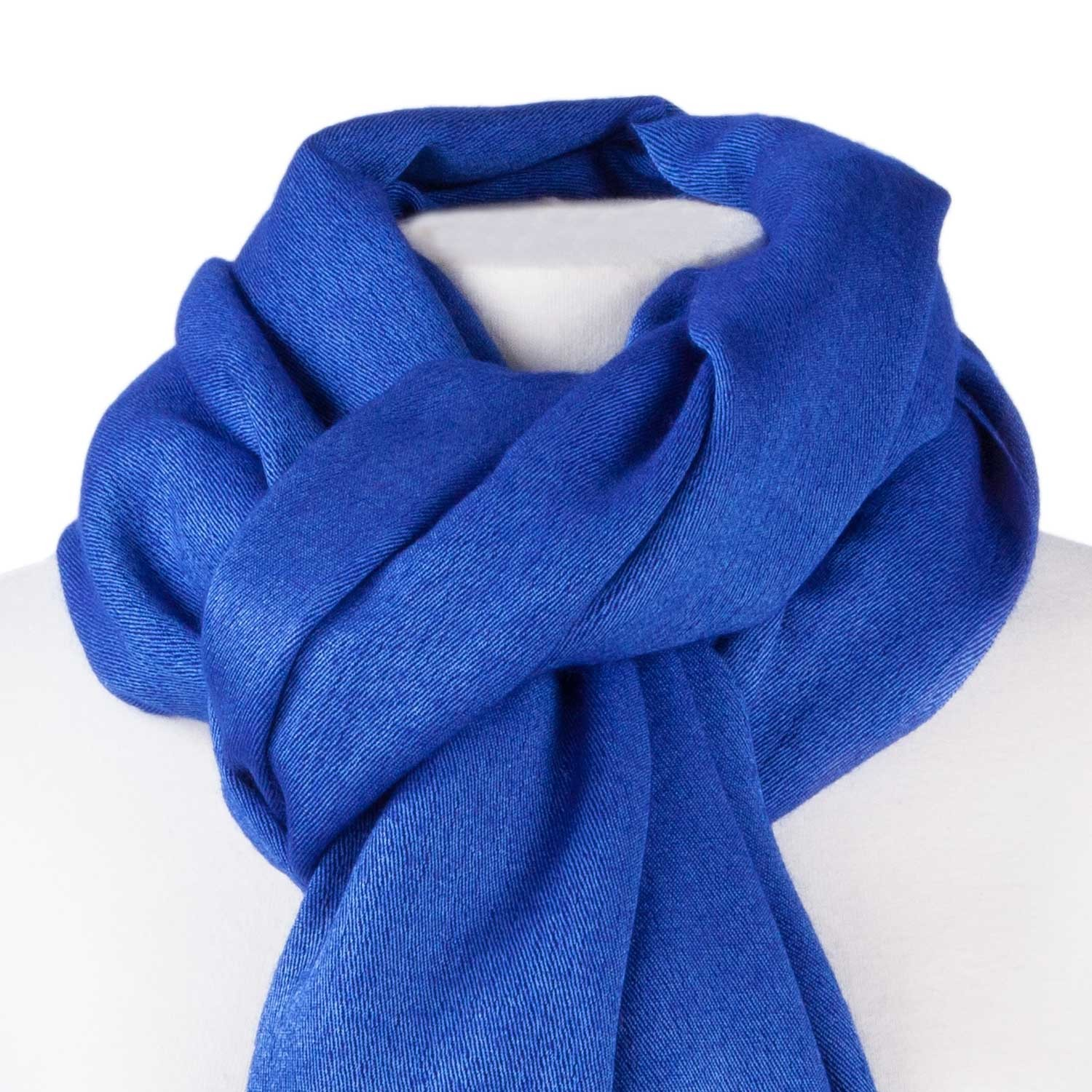 50% silk 50% cashmere pashmina close up of fabric ( lapis colourway)50%  silk 50% avrzywg