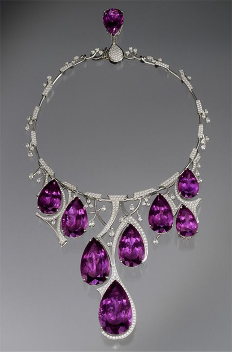 amethyst jewelry amethyst necklace designed by ernesto moreira - on display in the gem  vault, the KDEVXAF