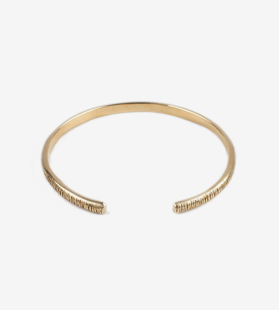 bangle bracelets ... textured-open-bangle-bracelet-debiak-1439483736 BHCFAGG