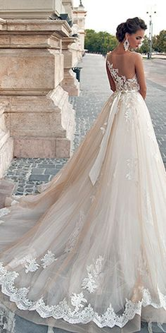 Shopping for beautiful wedding dresses - StyleSkier.com