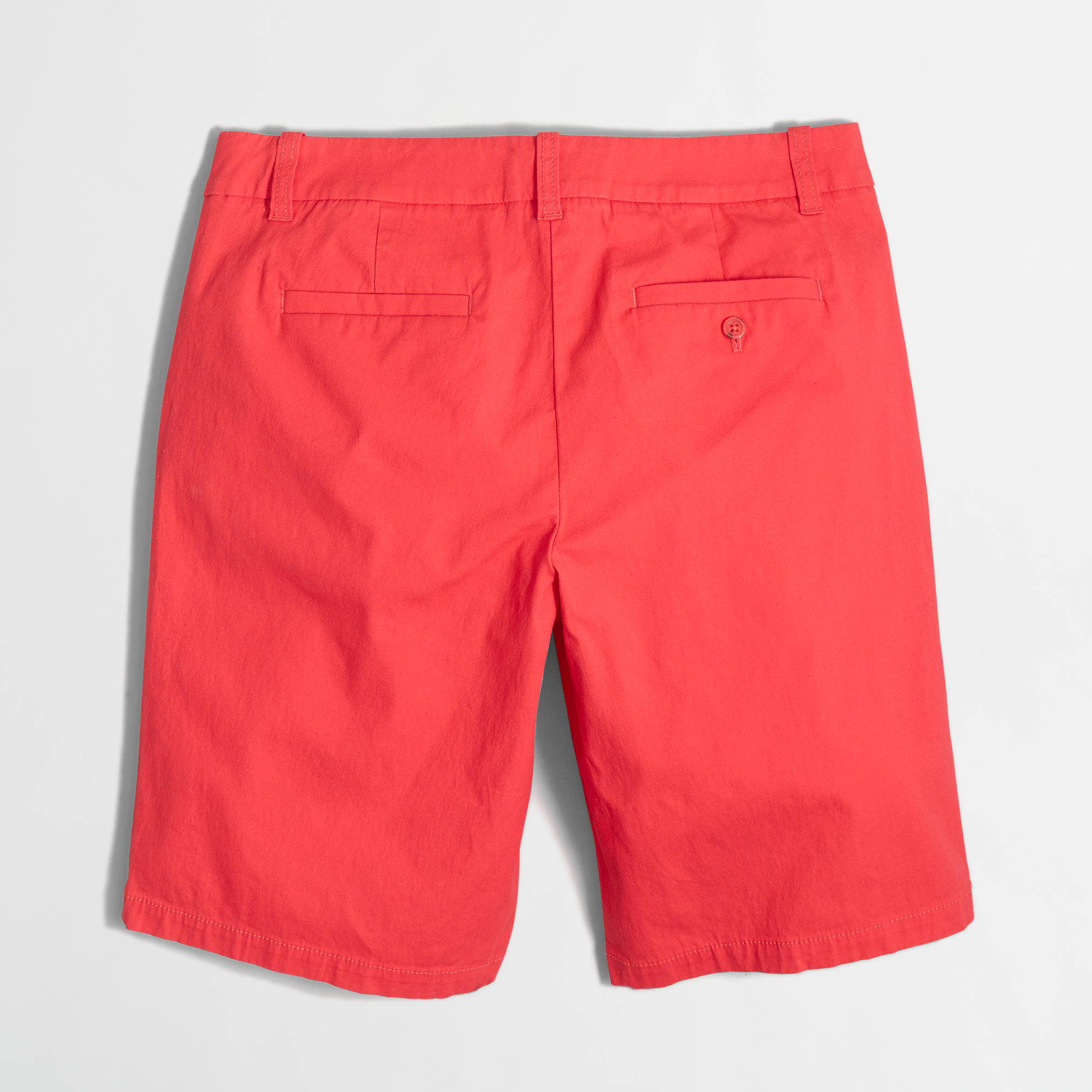 Bermuda shorts, also known as walk shorts or dress shorts, are a particular type of short trousers, worn as semi-casual attire by both men and women. The hem, which can be cuffed or un-cuffed, is around 1 inch above the knee.