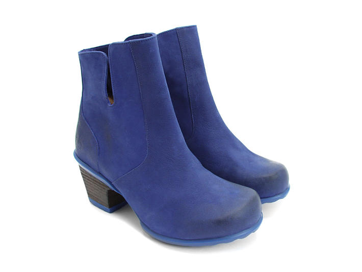 blue boots rosy yaplrpa
