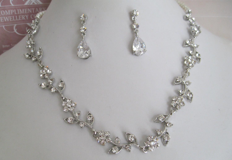 bridal necklaces 🔎zoom mbmxlle