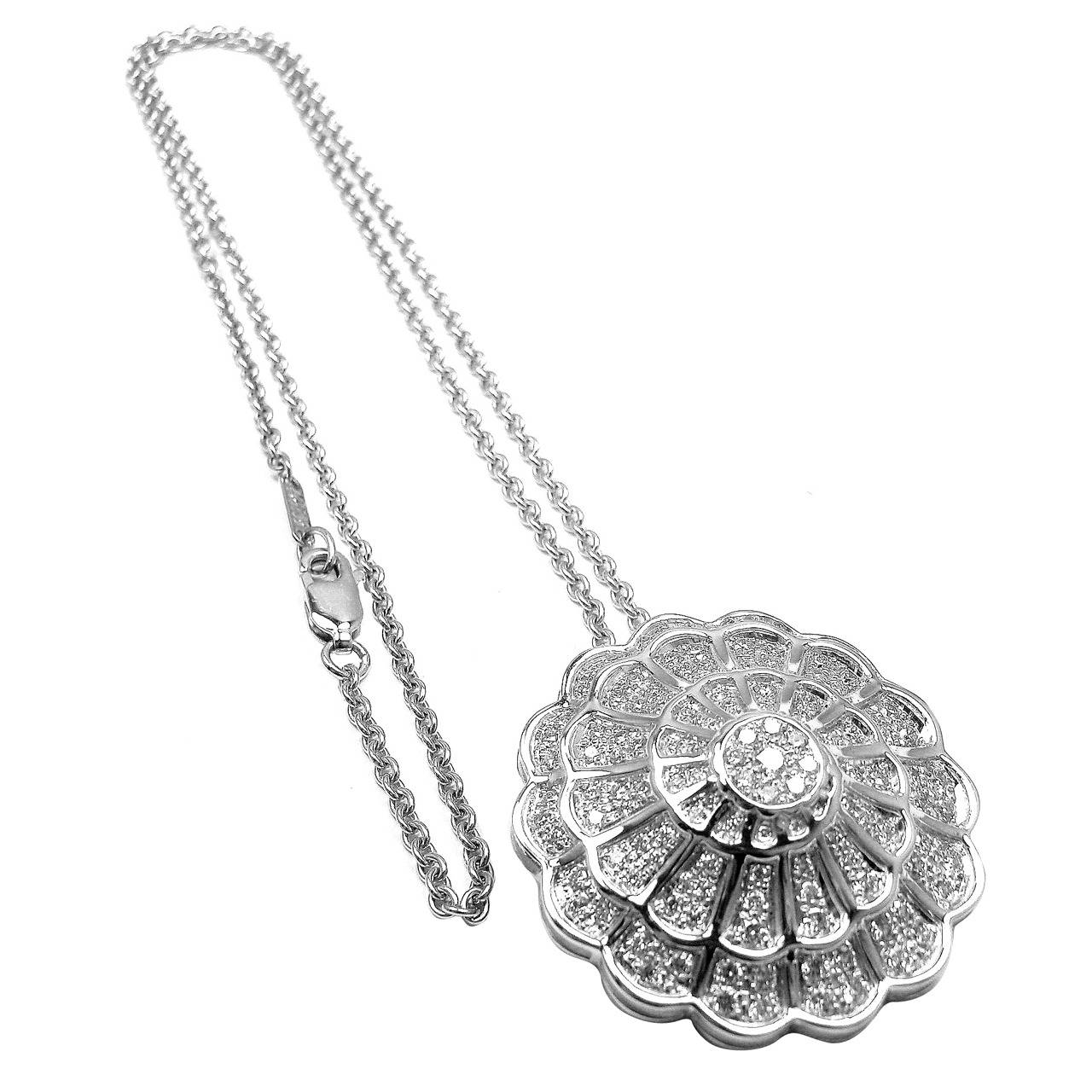 Get the Purity of White in your Adornment by buying a White Gold Necklace