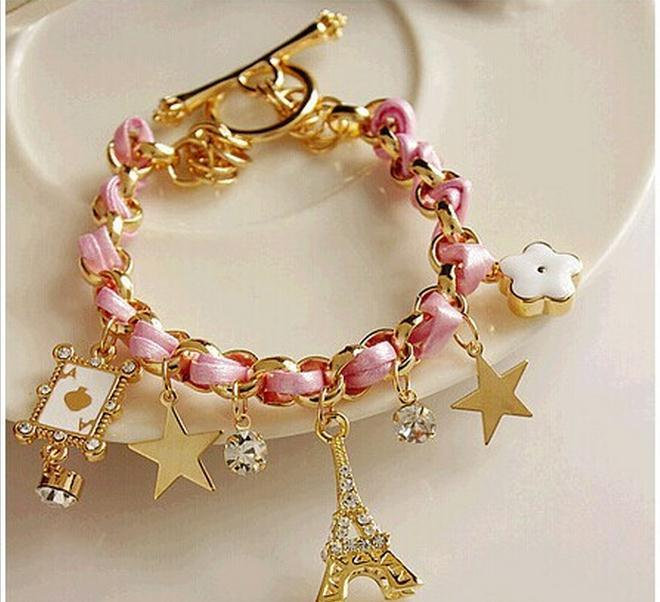Charm Bracelets for Women – The Perfect Gift