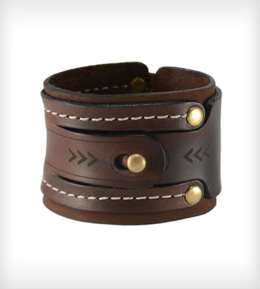 dual lock leather cuff bracelet | this dual lock leather cuff bracelet is  handcrafted vplelmh