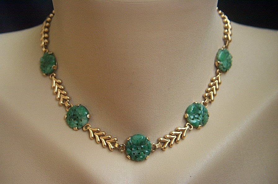 What to know when buying a jade necklace on the market styleskier fabulous vintage 14k tiffany u0026 co vintage carved jadeite jade necklace 15 34 fdmbiaj aloadofball Gallery