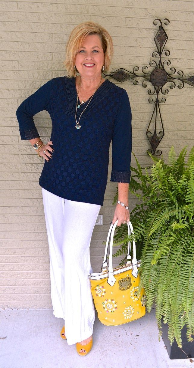 Fashion for Women Over 50 tips - StyleSkier.com