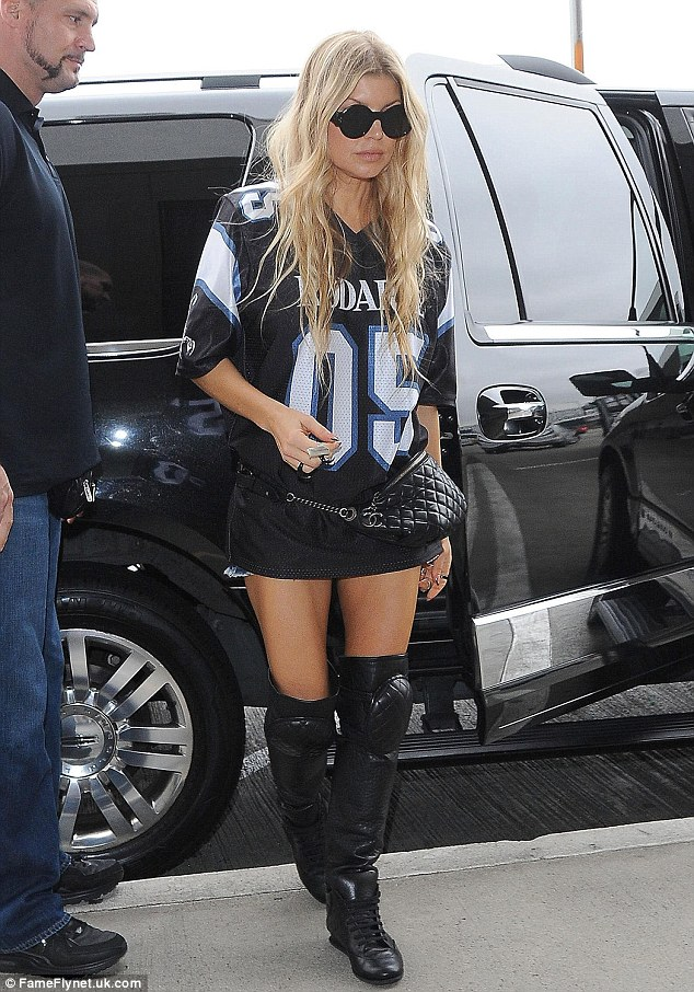 fergie boots urban chic! the singer showed off her impeccable edgy style in a rodarte 05 lfsvlwo