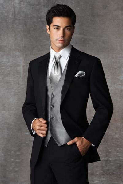 Grooms suits can be Chosen from Designs he likes - StyleSkier.com