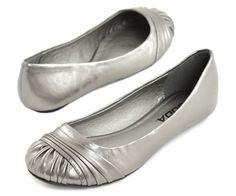 i need silver flats! hokvqks