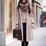 Trendy ways to wear oversized scarfs