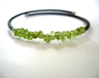 peridot jewelry peridot bracelet, peridot stone bounce back bracelet, handmade peridot  jewelry qvdniqc