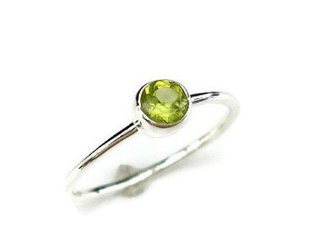 peridot rings peridot stacking ring, august birthstone jewellery, peridot ring, dainty  simple stone stacking ring fhoedmn