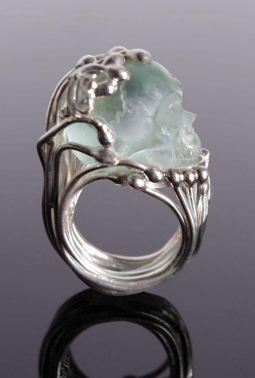 skull jewelry https://www.cityblis.com/4651/item/8295 glamorous. goth jewelryskull ... ntgyovn