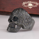 Skull jewellery just follow the trend