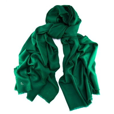 the girl with the green scarf | mljsszi