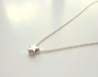 tiny star necklace silver necklace silver jewelry bridesmaids jewelry gift,  silver star necklace, tiny dmpqvwi