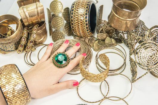 trendy jewelry bauble-babble-5-trendy-jewelry-ideas-we-totally- nsqvtxj