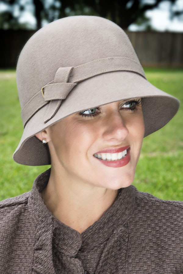 twist knot buckle cloche hat hozysir