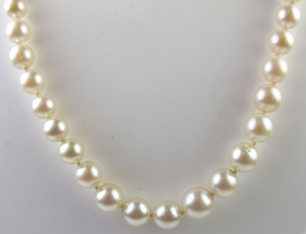 vintage mikimoto graduated cultured pearl necklace / strand znuebcg