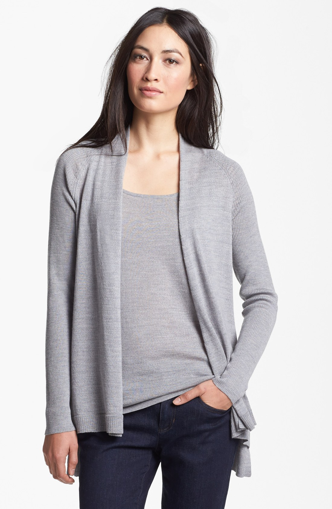Women's petite cardigans with an asymmetrical hem add flirty charm to any look. Some include fringe on the hemline, adding an extra whimsical touch. These cardigans can be light or heavyweight, adding just the right amount of warmth on a chilly day.