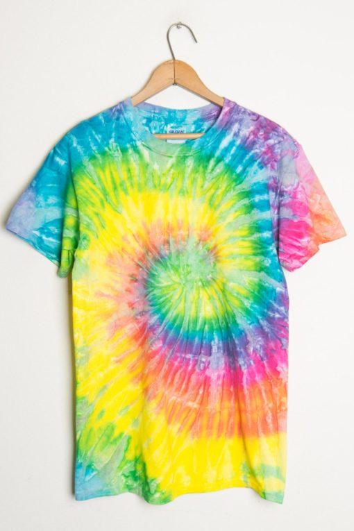 ... tie dye shirt. 1 ngfnzme