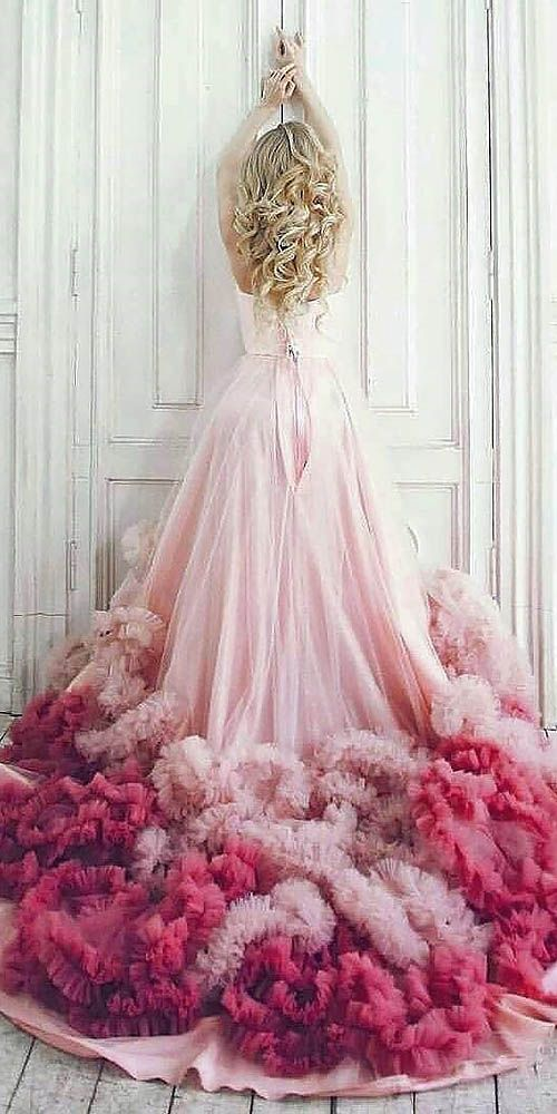 24 colorful wedding dresses for non-traditional bride cfwxtah