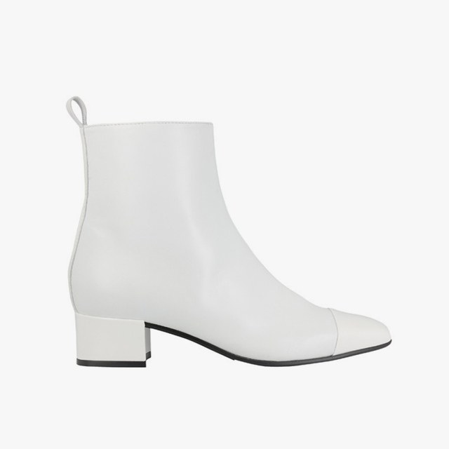 7 sleek white boots to slip on this summer - vogue ianjpkm