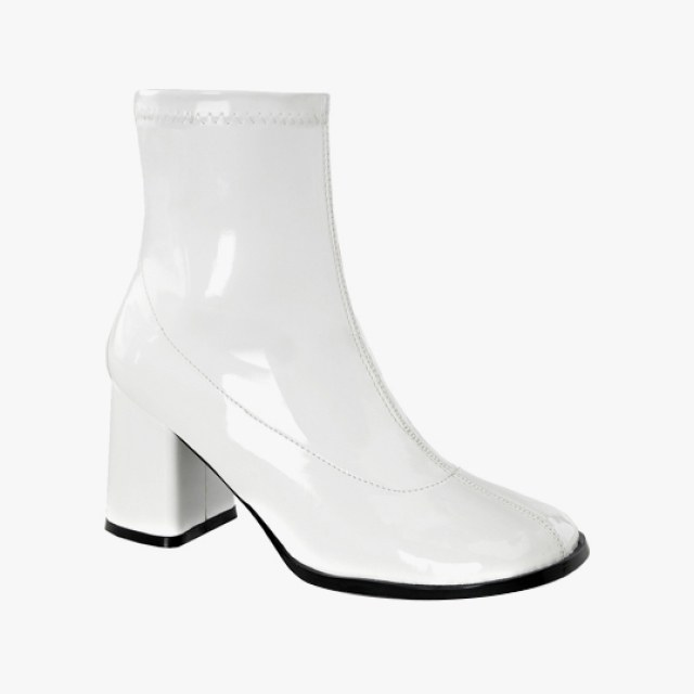 7 sleek white boots to slip on this summer - vogue obhtibw