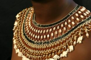 african jewelry this beadiful world..., dulceyheller: gorgeous collar! african tribal  jewelryafrican ... CNRCNIJ