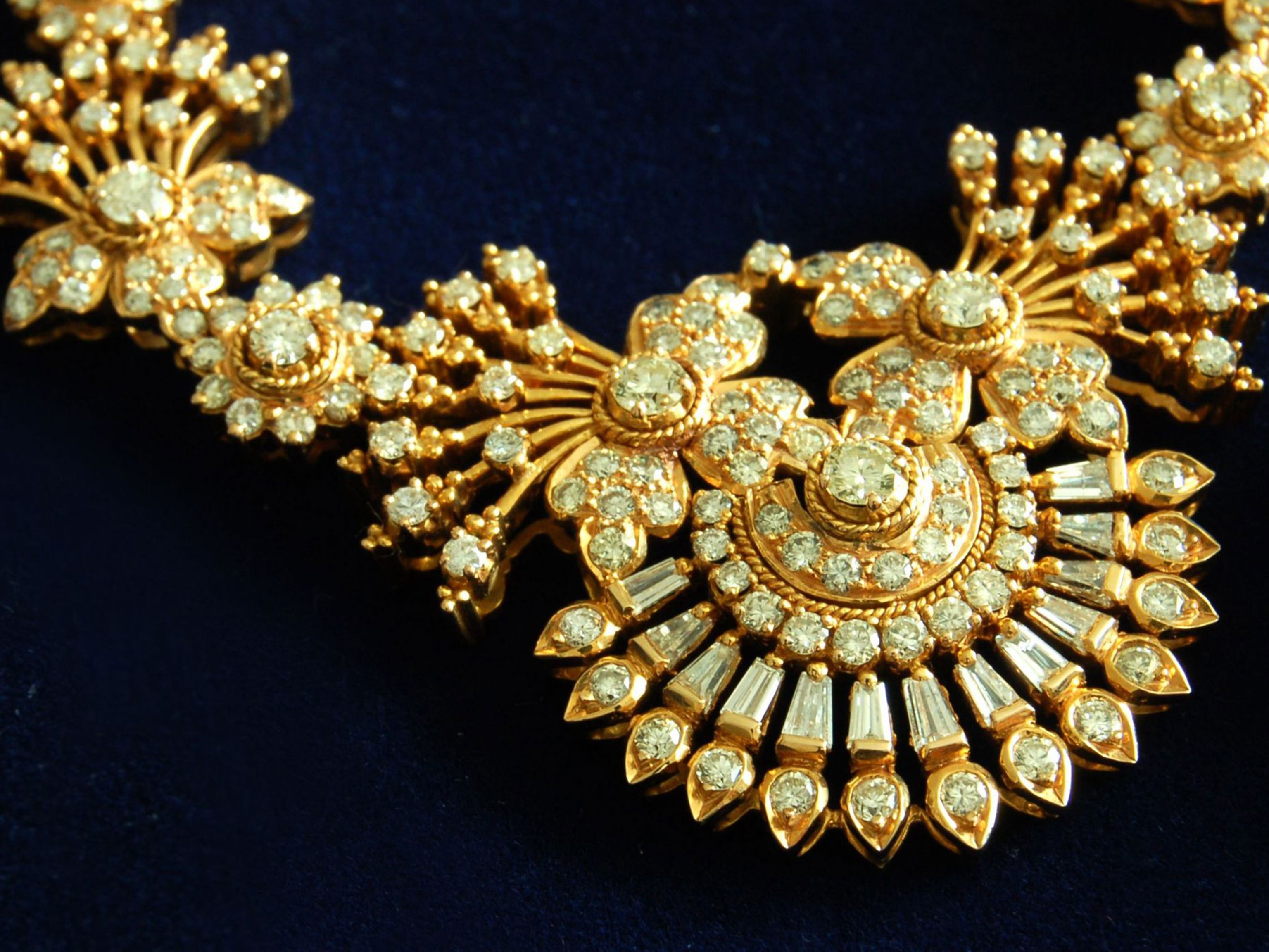 The Beauty of Antique Necklaces