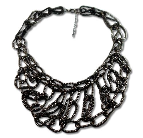 black necklace trendy_statement_necklace_black1.jpg BRGBIOS