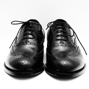 black shoes menu0027s shoes 2017 - best dress and casual shoes for men - esquire ageaueh
