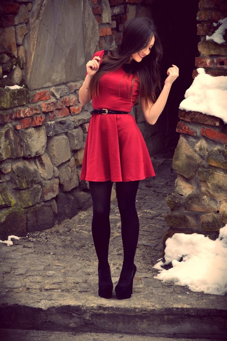 How To Select The Best Christmas Party Outfits Styleskier Com