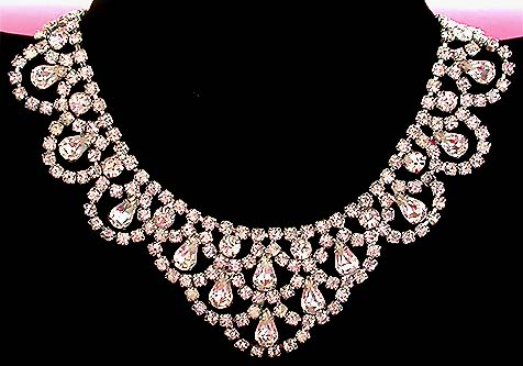 costume jewelry necklaces a beautiful vintage costume jewelry necklace unsigned bqndfim