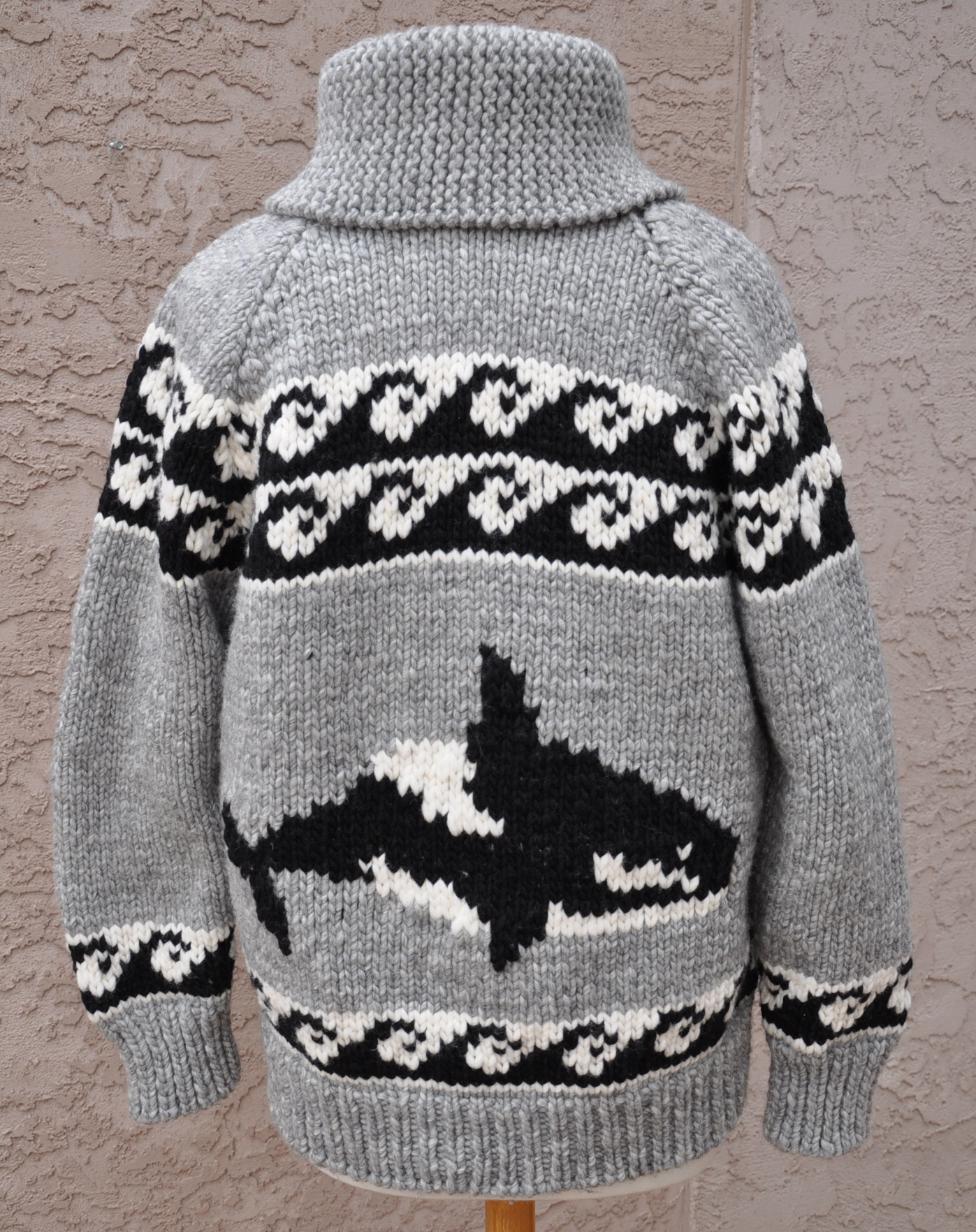 cowichan sweater back view orca and waves sweater ... jxbjxbo