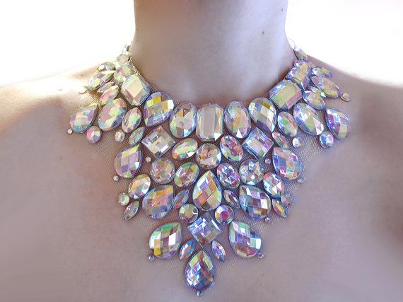 crystal ab rhinestone mega statement necklace, dramatic rhinestone necklace,  rhinestone burlesque necklace, clear ab hndezqg