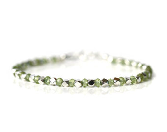 dainty peridot bracelet, natural green peridot jewelry, 925 sterling  silver, thin stacking bracelet krbdrwi