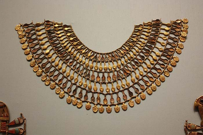 egyptian jewelry broad collar from the 18th dynasty nvpwezx
