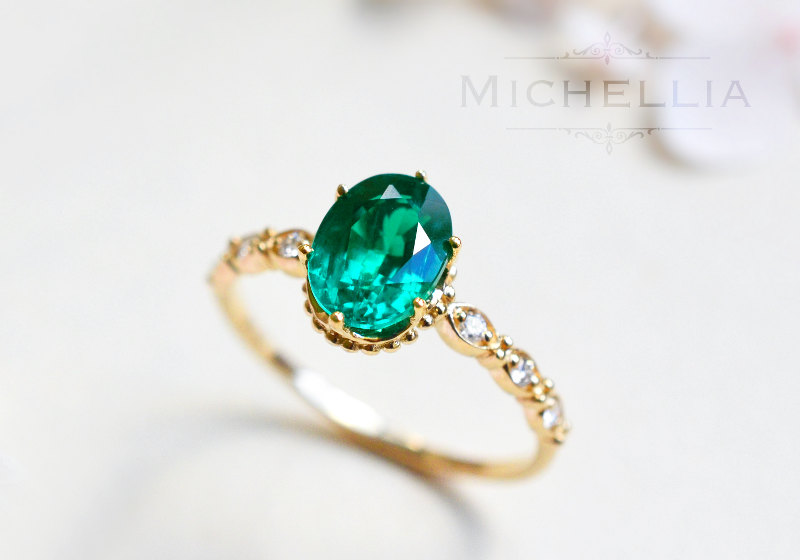Top hints for selecting an Emerald Engagement Ring