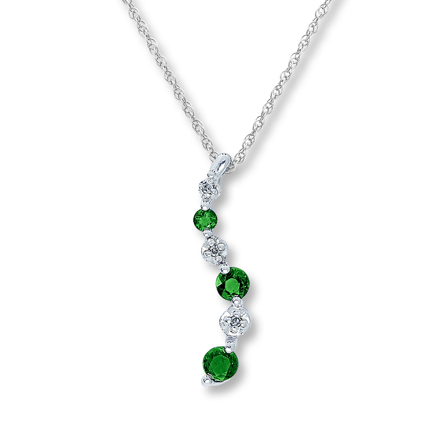 emerald necklace hover to zoom cjhlvht