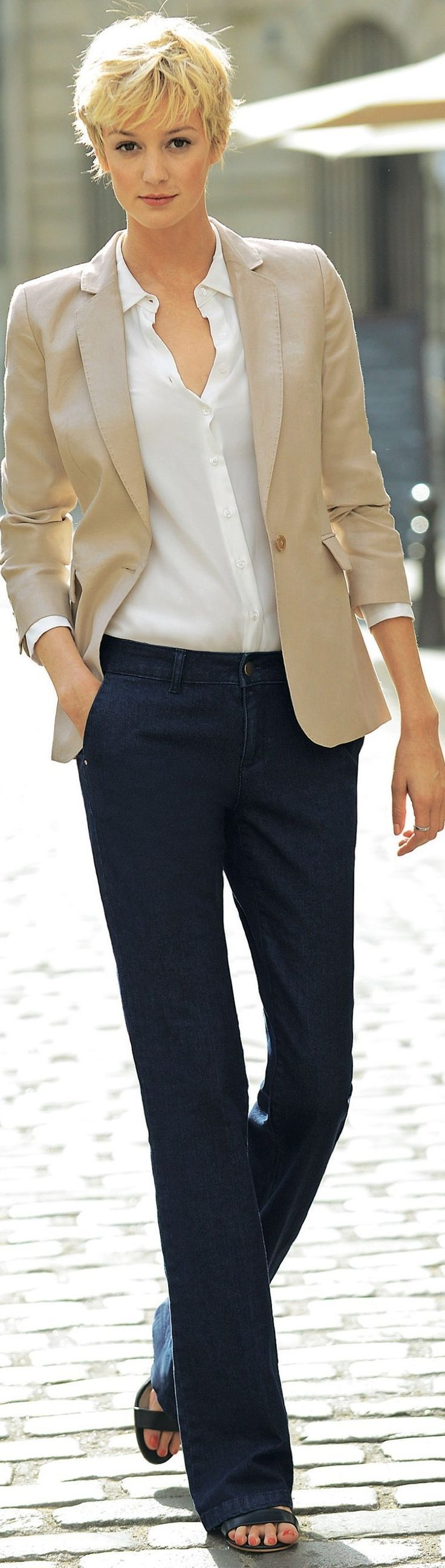 fashion for women over 50 read tips for classic tailored fashion - http://www.boomerinas.com xhhxdqw