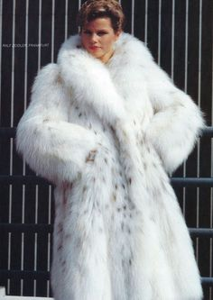 fur coats enormous lynx fur coat. wow this coat is awesome. would love to wrap up dzbbmiq