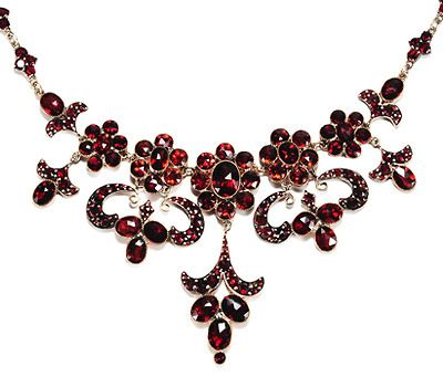 garnet jewelry dramatic antique garnet necklace - the three graces ca. 1910 dfarlob