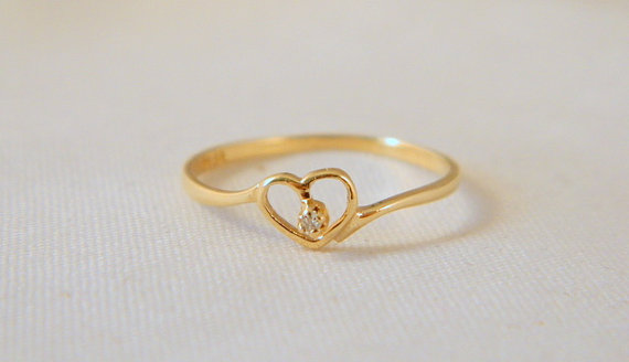 gold heart ring / vintage 10k yellow gold ring / petite and delicate  diamond rtlifpj