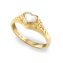 gold heart ring yellow gold kabana heart ring with white mother of pearl inlay hthknfi