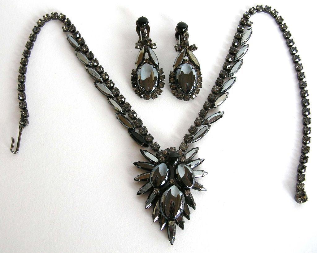hematite jewelry juliana by delizza u0026 elster oval scooped out hematite necklace u0026 earring set hzgrukf